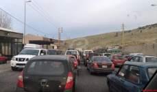 النشرة: طرقات المرج وسعدنايل وتعلبايا مقطوعة والمحتجون فتحوا طريق راشيا- الصويري