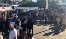 النشرة: مفاوضات بين الجيش والمتظاهرين بصيدا لفتح الطريق