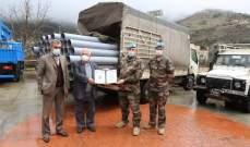 الكتيبة الفرنسية باليونيفيل قدمت قساطل بلاستيكية للمساهمة بتنفيذ شبكة صرف صحي في شبعا