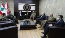 قائد الجيش استقبل السفير التركي وبحث معه التعاون بين جيشَيْ البلدين