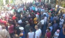 إضراب شامل بالمخيّمات الفلسطينية في صور احتجاجا على قرار وزير العمل