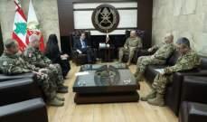 قائد الجيش التقى السفير الكوري وجرى التداول بعلاقات التعاون بين جيشي البلدين
