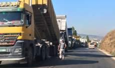 الشاحنات على طرقات لبنان: هل يستدعي الوضع إقرار قوانين جديدة؟
