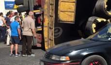 اصابة شخص بجروح جراء انقلاب شاحنته في بلدة بحنين