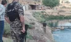ضبط كمية من مخلفات الدجاج في نهر العاصي