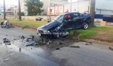 قتيل وجريحان نتيجة تصادم بين سيارتين على الطريق البحرية في الدورة