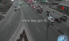 حركة المرور كثيفة من شارل الحلو باتجاه الكرنتينا وصولا الى جل الديب