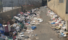 وزارة الأشغال تناشد متعهدي رفع النفايات والبلديات بإزالتها عن الاوتوسترادات والشوارع المحيطة