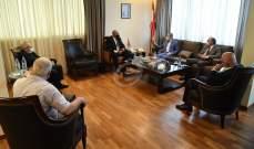 حب الله عقد لقاء لتفعيل الابحاث العلمية بين الوزارة واللبنانية وأطباء الأسنان والبحوث الصناعية