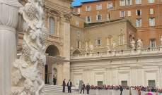 البابا فرنسيس يكرس تمثال القديسة ريتا في الفاتيكان
