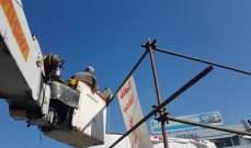 """بلدية صيدا باشرت بتركيب انارة على المنصة وفي محيط الاعتصام المفتوح عند تقاطع """"ايليا"""""""