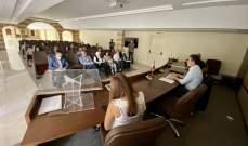 نصار اجتمع برؤساء المصالح والدوائر في الوزارة: تفعيل القطاع السياحي يكرس شعار معا للإنقاذ