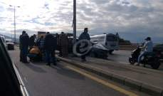 جريح نتيجة اصطدام سيارة بعمود للإنارة على جسر سينيق بجنوب صيدا