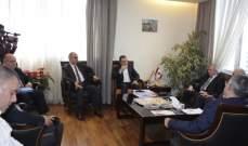 لقاء بين أبو فاعور ومعهد البحوث وجمعية الصناعيين بحث تسهيل دخول المواد الأولية عبر المرافىء