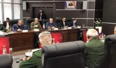 وزيرا الدفاع الإيراني والروسي يبحثان آفاق التعاون بين البلدين
