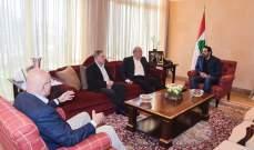 رؤساء الحكومات السابقون رداً على نصرالله: لم يكن موفقا في العودة إلى احداث ايار 2008
