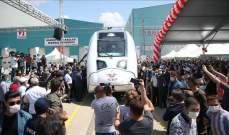 سلطات تركيا تبدأ باختبار أول قطار كهربائي من صنعها