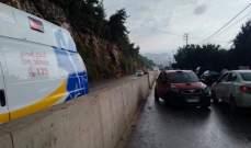 جريح في حادث سير على طريق عام غادير حريصا
