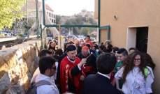 بدء القداس الالهي في عيد القديس شربل في دير مار مارون