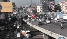 تصادم بين سيارتين على جسر الدورة وجريح بتصادم على تقاطع غاليري سمعان- الحدت