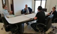 حمد حسن عرض مع ماريو عون لإنشاء مستشفى بالدامور والتقى لجنة تجهيز المستشفيات
