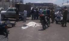 قتيل بحادث صدم على طريق المطار مقابل مسجد الرسول الاعظم