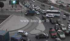 حركة المرور كثيفة من الصيفي باتجاه الكرنتينا وصولا الى نهر الموت