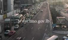 حركة المرور خانقة من الصيفي باتجاه الكرنتينا بسبب ورشة بناء محلة شارل الحلو