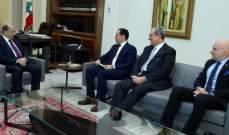 الرئيس عون تسلم من الكتائب دعوة لحضور مؤتمرها في 15 شباط