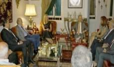 جنبلاط التقى وزيرة التجارة الخارجية والتعاون الدولي الهولندية