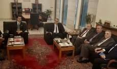 السفير المصري التقى وفدا من الاتحاد العمالي العام برئاسة الاسمر