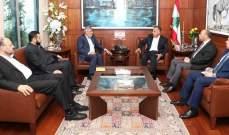 """اللواء إبراهيم عرض مع وفد من """"حماس"""" شؤون المخيمات في لبنان"""