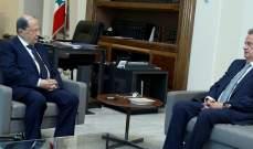 الرئيس عون التقى سلامة وعرض معه الاوضاع النقدية في البلاد