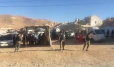 النشرة:بدء عملية عودة حوالي ألف نازح من عرسال إلى سوريا عبر وادي حميد