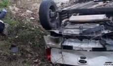 مقتل زوجين وجريح في تدهور سيارة على طريق جسر القاضي