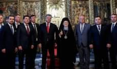 بوروشينكو وبارثولوميوس وقعا اتفاقية بشأن فصل الكنيسة الأرثوذكسية الأوكرانية عن الروسية