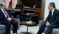 الرئيس عون عرض مع رئيس لجنة الرقابة على المصارف للوضعين النقدي والمالي