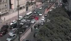 التحكم المروري: حركة المرور كثيفة من مار الياس باتجاه كورنيش المزرعة