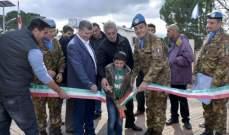 اليونيفيل الإيطالية تضيء شوارع القوزح الحدودية بإنارة على الطاقة الشمسية