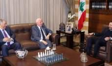 الأحمد بعد لقائه الحريري: القضية الفلسطينية على الصعيد الدولي في أعلى مستوى بالتأييد