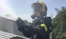 الدفاع المدني أخمد حريقا اندلع داخل ثلاثة بيوت جاهزة في مزرعة فطر
