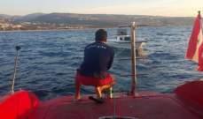 سحب زورق سياحي على متنه 4 أشخاص لميناء الأوزاعي بعد تعطل محركه