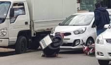 النشرة: حادث اصطدام بين سيارة ودراجة نارية على طريق عام كسروان- جعيتا