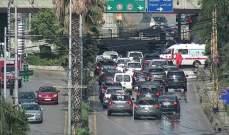 التحكم المروري: جريح نتيجة تصادم بين سيارتين عند ساحة انطلياس