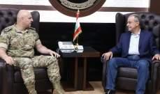 قائد الجيش استقبل رئيس بلدية الحدت ووفد مركز لبنان للعمل التطوعي