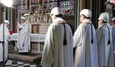 اقامة أول قداس في كاتدرائية نوتردام منذ الحريق الذي اندلع في نيسان
