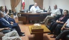 الجسر التقى وفدا من استاذة الثانوي المتقاعدين وآخر ومن نقابة عمال منشآت نفط طرابلس
