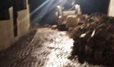 إنهيار حائط في بقسطا بسبب الأمطار والبلدية تعيد فتح الطريق