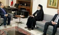 الرئيس عون بحث مع المطران عودة شؤون تتعلّق بطائفة الروم الارثوذكس