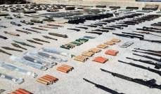 العثور على كميات من الأسلحة والذخيرة من مخلفات المسلحين بأرياف حماه والسويداء